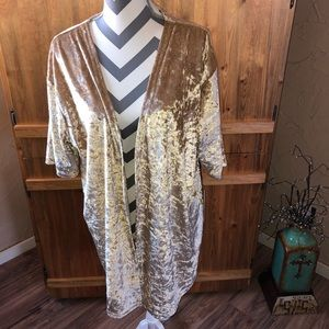 NWT Rock & Roll Cowgirl Velvet Cover Up Kimono